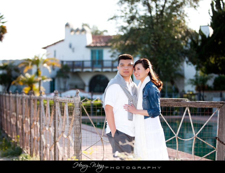 Malibu-Adamson-House-Wedding-Engagement-Sunset-Picture