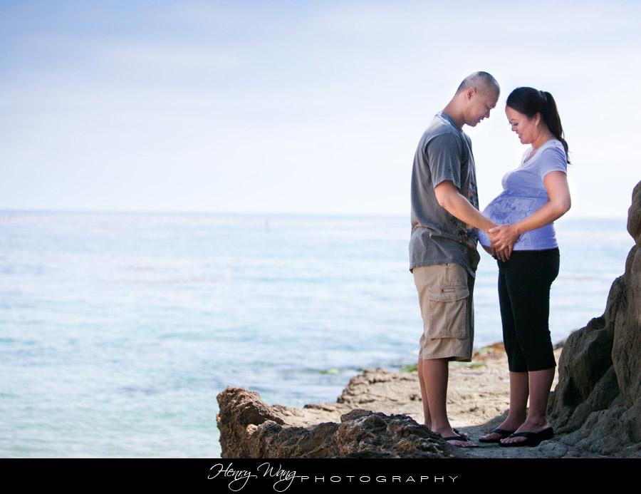 Laguna-Beach-Maternity-Photo-Session